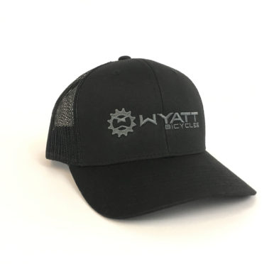 Wyatt Trucker Snapback hat black
